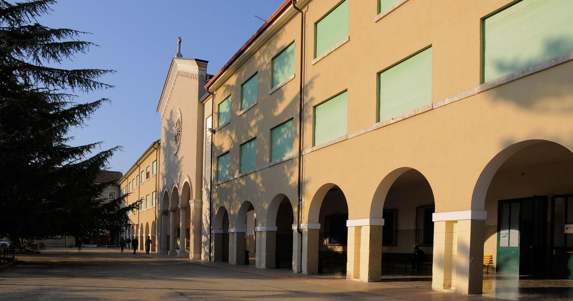 Pia Società San Gaetano | Slider Home