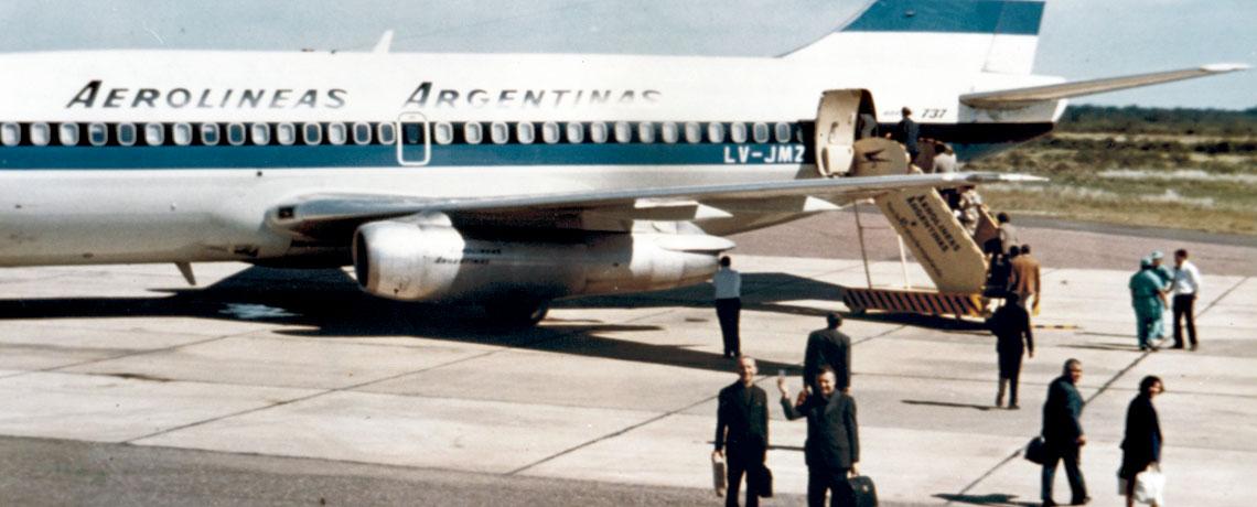 Don Ottorino e don Aldo in partenza per l'Argentina